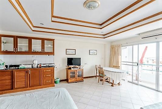 The-Peak-Condominium-41772 (5)